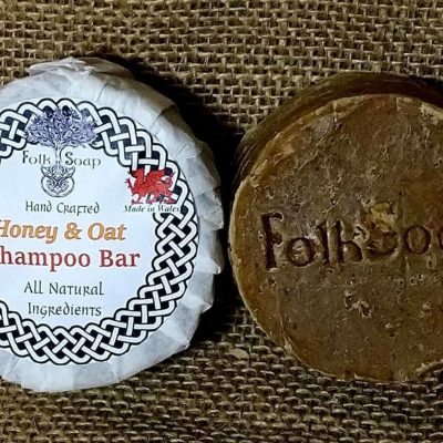 Natural Solid Shampoo Bar with Honey, Oats & Chamomile.